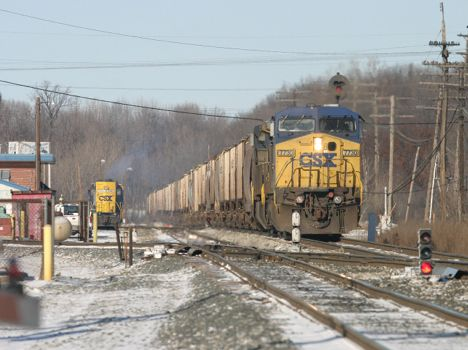 CSX 7730 heads south at Plymouth, MI with a grain train.  2004 [Dale Berry photo]